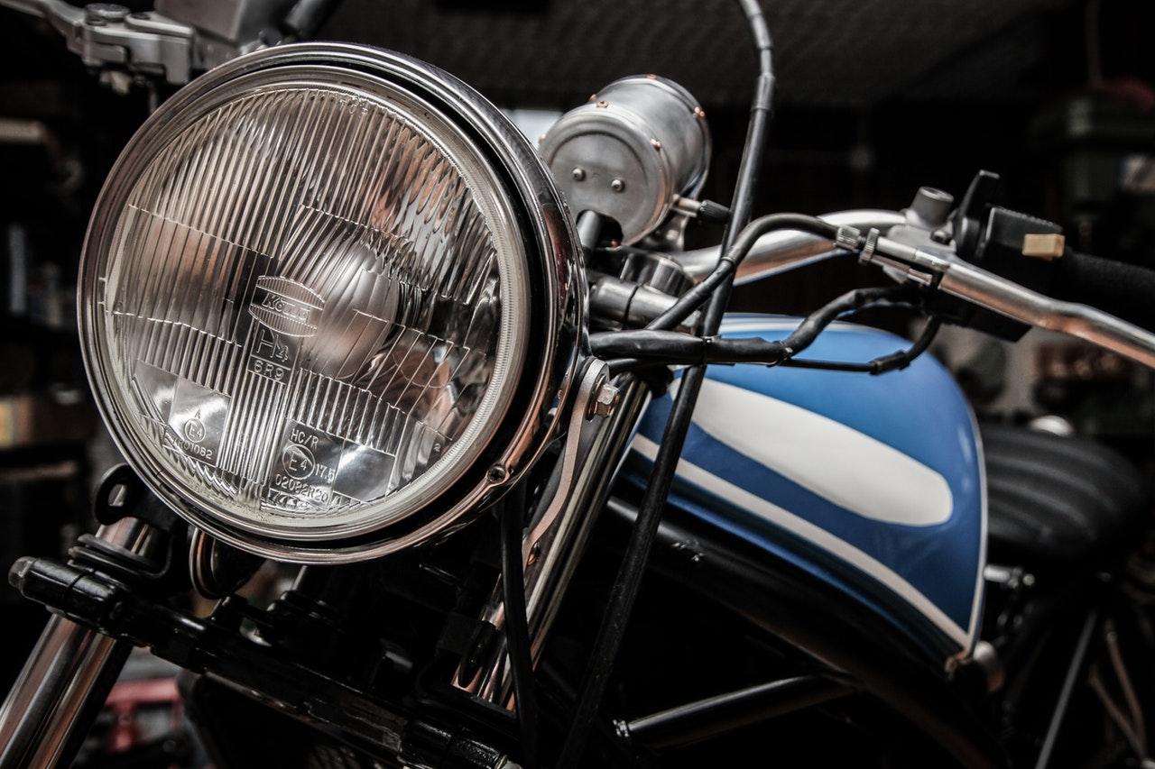 Choosing a motorcycle gear 77